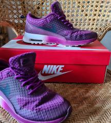 Nike air max thea lila