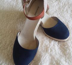 Csini cipő (39-es)