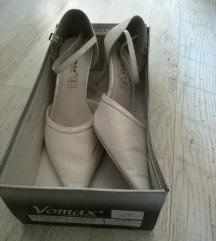 Keringő / szalagavató / esküvői cipő