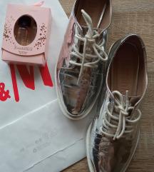 Bershka vagány cipő
