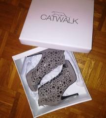 Catwalk cipő 37