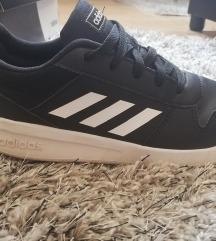 Adidas női cipő