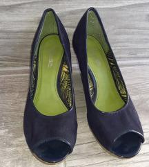 Carina telitalpú cipő