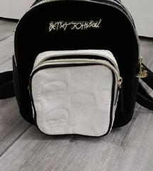 új Betsey Johnson hátizsák fekete-fehér