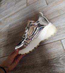 Ilyen cipőt keresek 36 méretben