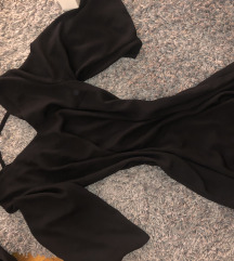 Fekete divatoa V nyakú elegáns ruha