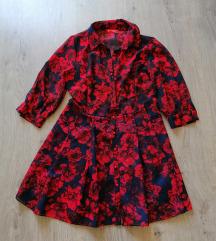 Piros rózsás ruha