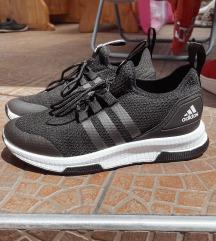 Adidas cipő 38