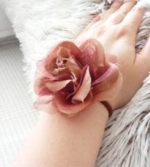 Csodaszép nagy barna rózsa hajgumi / bross ❤