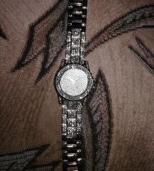 Csillogó óra