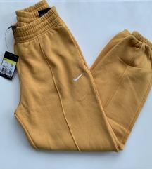 Új, címkés Nike meleg nadrág 🔥🔥