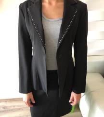 Női fekete strasszos szoknyás kosztüm 40 M