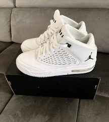 Air Jordan női cipő