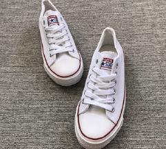 Converse fehér cipő