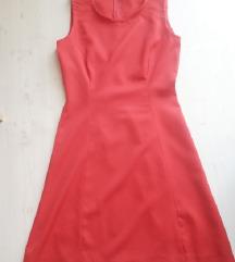 Piros ruha, S