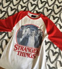 Stranger Things Felső 🎒