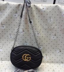 Gucci oldaltáska és öv táska több színben