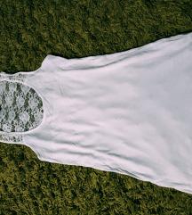 Fehér csipkés trikó