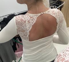 Csipke hátú felső