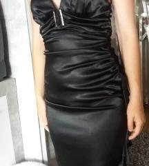 Fekete szatén elegáns ruha XS
