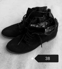 fekete bakancs 38