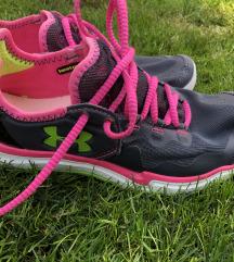 Under Armour sport cipő