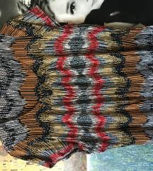 Színes póló