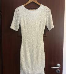 LA PIERRE CÍMKÉS csipkés fehér ruha