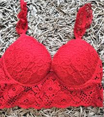 Piros csipkés gyönyörűszép melltartó