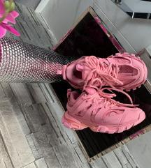 Designer  track pink cipő 37 es