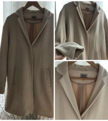 Törtfehér kabát