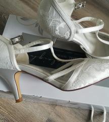 Esküvői cipő 37-es, ekrü színű