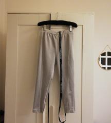 Prettylittlething új ezüst fitnesz nadrág