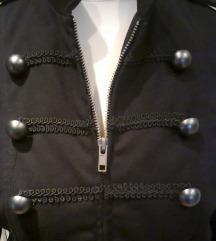 Fekete kabát blézer