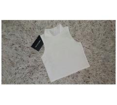 ÚJ prettylittlething crop top