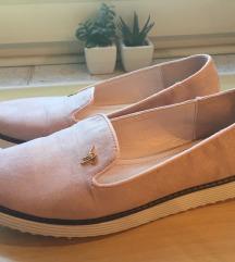 Púder cipő 37