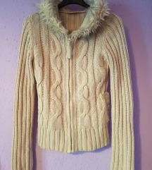 szőrmés pulóver