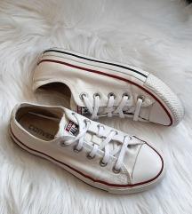 Converse feher cipő
