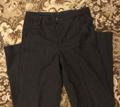 Ünneplő fekete nadrág