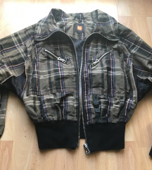 Hugo Boss dzseki