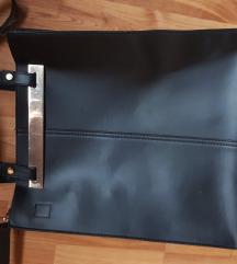 Merev falú szögletes táska