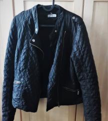 fekete dzseki