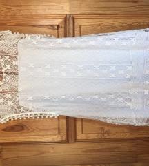 Csipkes ruha