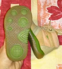 19-es bőr baba cipő