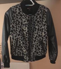 Leopárd mintás dzseki