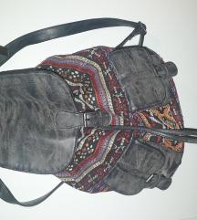 Női hátizsák- mintás