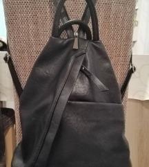 Különleges alakú hátizsák