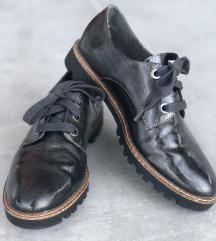 Tamaris 37-es fekete  félcipő