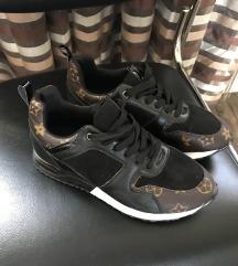 Loui vuitton replika cipő