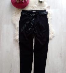 Címkés Orsay műbőr öves elegáns nadrág 40